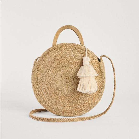 d4a589f5e8 Zara Bags   Round Raffia Bag   Poshmark